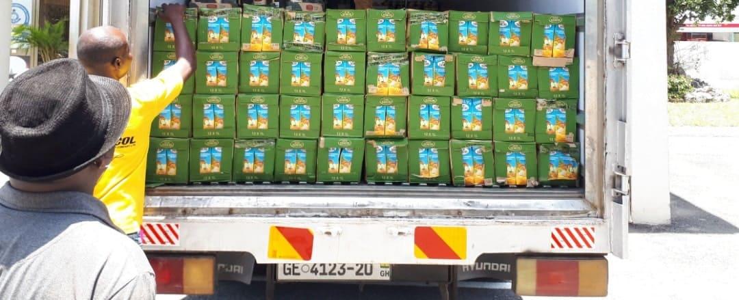 donacion de zumos a la policia covid 19
