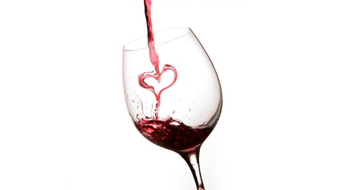 vin rouge cœur