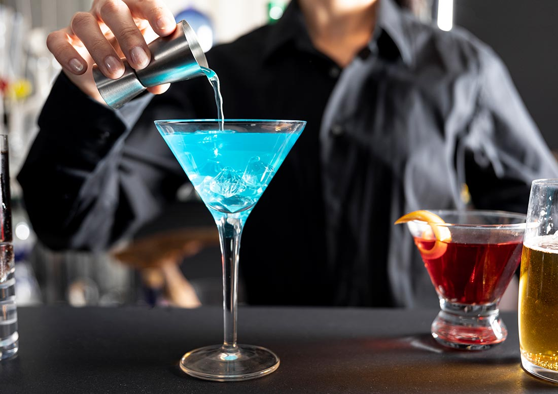 coctel azul alcohol exportacion