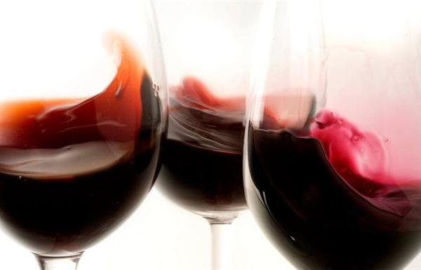 corps vin rouge